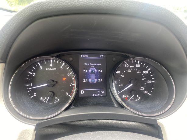 Продам Nissan Rogue sport SL premium