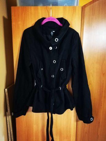 Jeansowa czarna kurtka na jesień 38