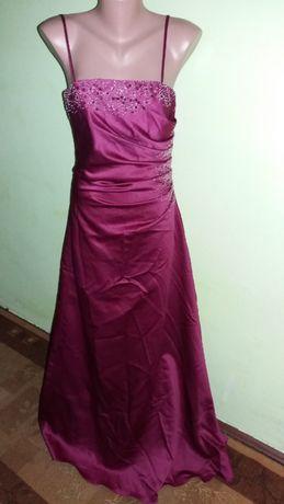 Шикарное платье на свадьбу,выпускной Alfred Angelio .46-48размер.