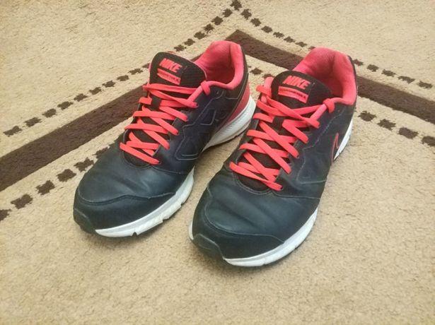 Шкіряні кросовки Nike Downshifter 6