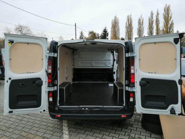 Renault Trafic L1H1 Profesjonalne zabudowy aut dostawczych