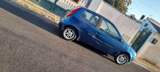 Fiat Punto 2001 AUTOMÁTICO