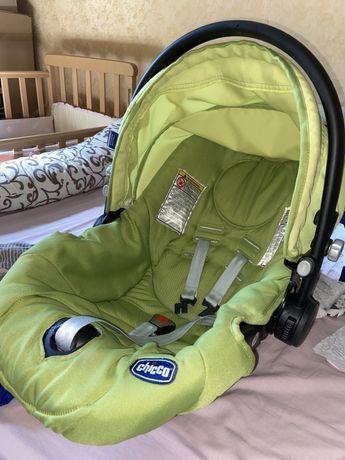 Авто кресло от 0-9 кг
