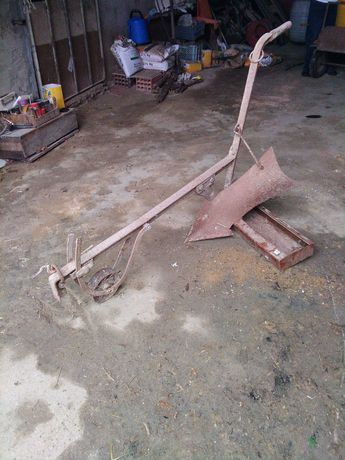 Arado/charrua em ferro