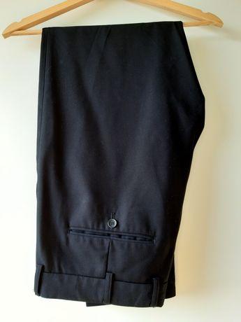 Czarne spodnie męskie eleganckie