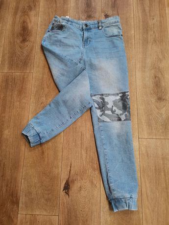 Sprzedam spodnie  jeansy