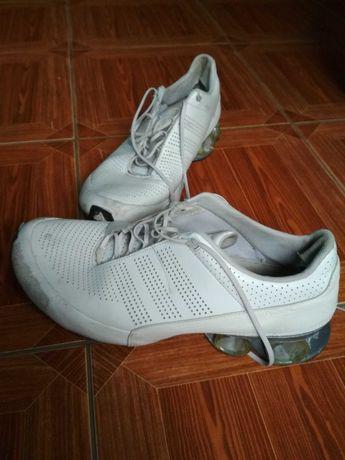 Кроссовки Adidas 46 р.