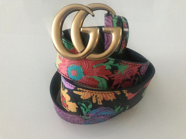 Skórzany pasek w kwiaty Gucci