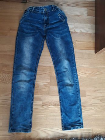 Spodnie chłopięce roz. 152