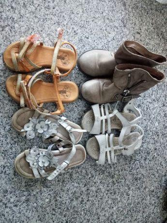 Sapatos 28