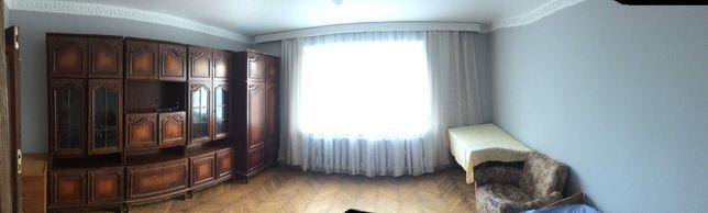 Оренда кімнати в 3ох кімнатній квартирі (Рясне-1)