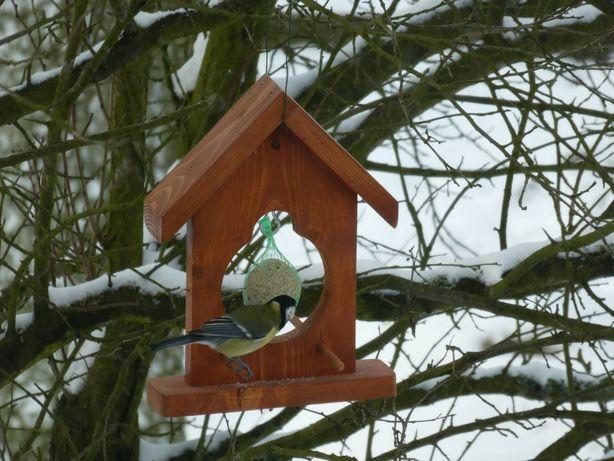 Drewniany, solidny karmnik dla ptaków na kule tłuszczowe 2 MODELE