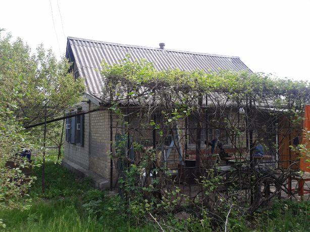 Продам жилой дом с участком в селе Пришиб Славянского ройона