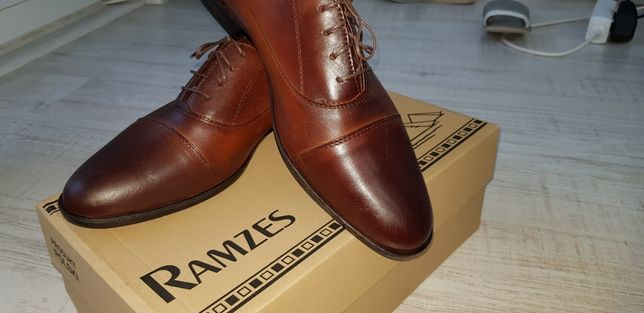 Ciemno brązowe męskie eleganckie buty skóra