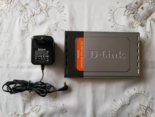 Проводной роутер (маршрутизатор) и коммутатор D-link DES-1008D