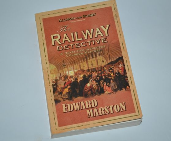 книга на английском с иллюстрациями The railway detective Edward Marst