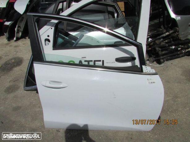 Porta Frente Direita Kia Ceed A2 do ano 2012