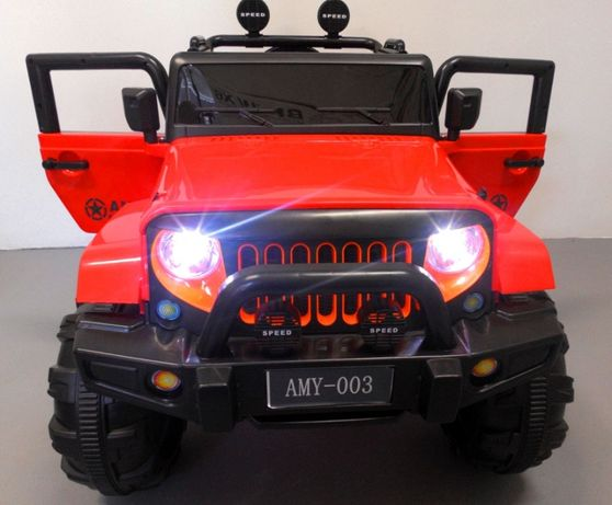 Duży Jeep 4x4 Auto na akumulator pilot 2.4G Funkcja Bujania
