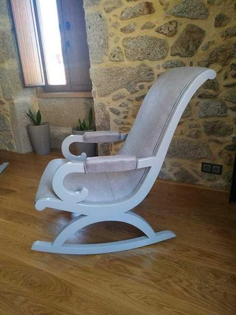 Cadeira de baloiço nova