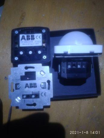 Автоматический выключатель Abb 3299a-a12100