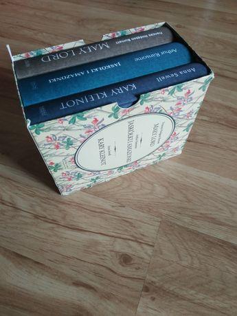 Powieści na prezent-Mały lord,Jaskółki Amazonki,Kary klejnot - pudełko