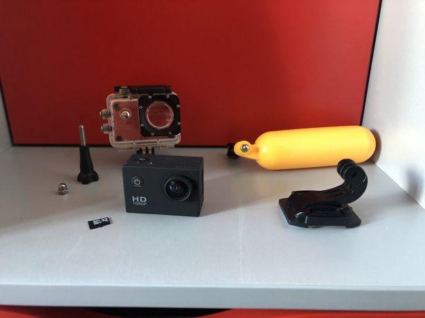 Экшн камера Full HD + комплект креплений