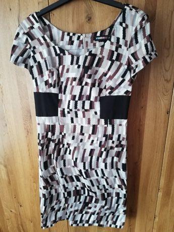 sukienka wyszczuplająca, roz 40, vissavi