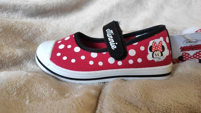 Nowe buciki Minnie