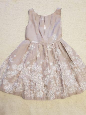 Beżowa sukienka rozm. 116