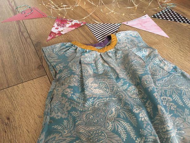 Sukienka/tunika w kwiaty 98 3 lata Benetton