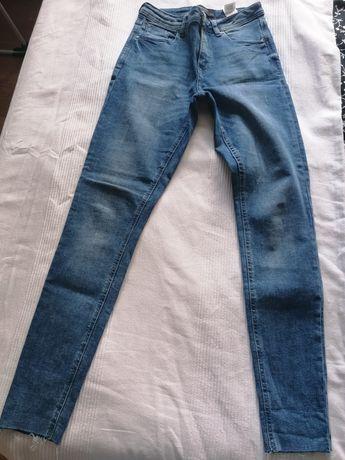 Spodnie rurki Reserved, rozm. 36
