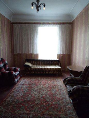 Продам комнату в коммуне в центре. ТВ3