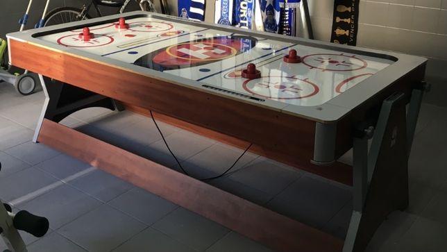Mesa de jogos reversivel  (snooker e malha)
