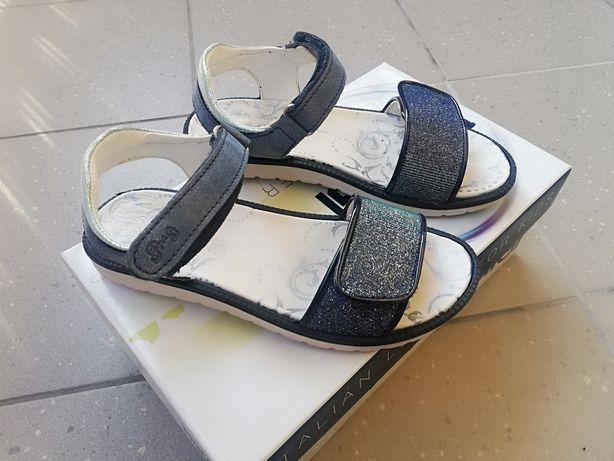 Włoskie Skórzane sandały PRIMIGI rozmiar 34, długość wkładki 21,5cm
