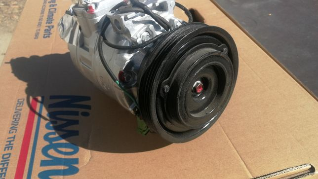 Spreżarka kompresor klimatyzacji klimy DENSO 7sbu16c Passat FL  AUDI