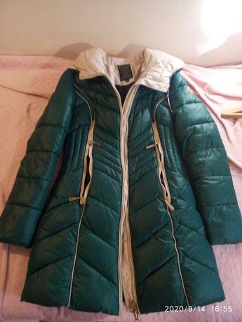 Зимняя куртка, подросток, на рост примерно 160 см. Размер М
