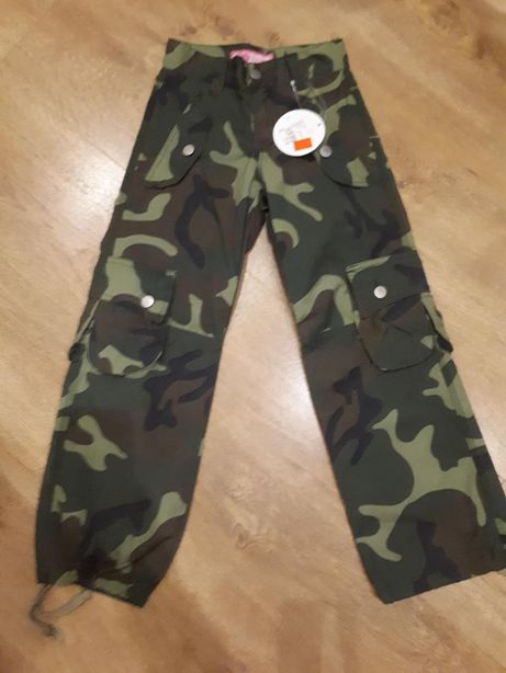Spodnie bojówki dziewczynka.122 nowe