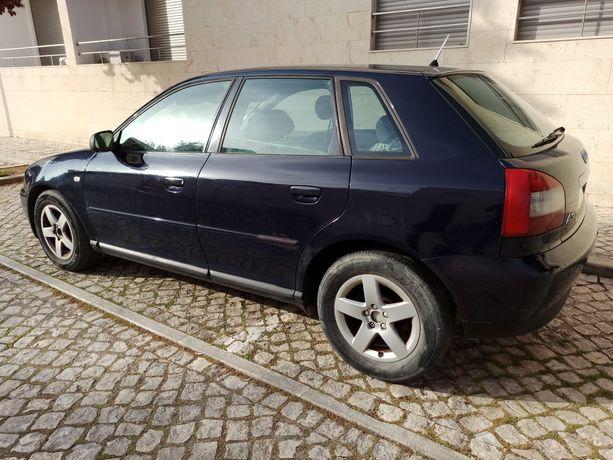 Audi A3 1.9 tdi 100 cv 5 portas '02