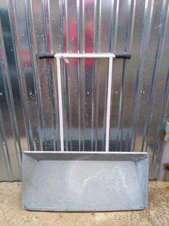 Скребок для снега металлический,лопата для уборки снега,снегоуборщик.