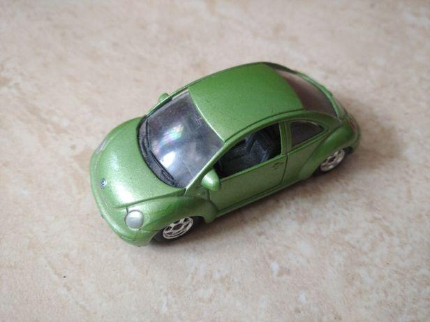 Miniatura VW New Beetle em bom estado
