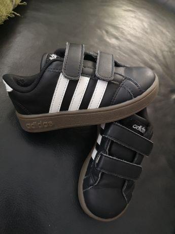 Sapatilhas Adidas Tam. 24