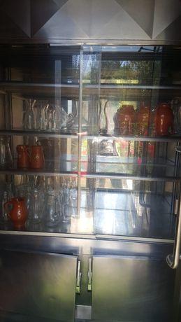 Vitrine de refrigeração com portas de correr