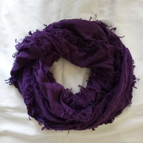Женский шарф-хамут фиолетовый Жіночий шарф-хамут фіолетовий