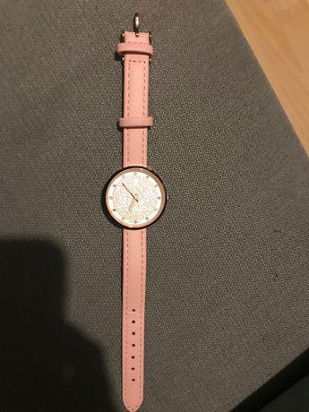 Zegarek różowy, Perfect