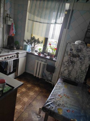 3-10 Продам 2х комнатную  квартиру на  Жолио Кюри/Бочарова, недорого