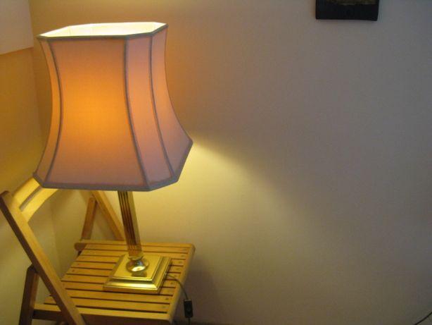 Lampa +abazur
