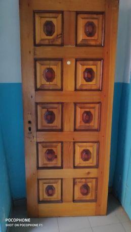 Деревянные входные двери (сосна)