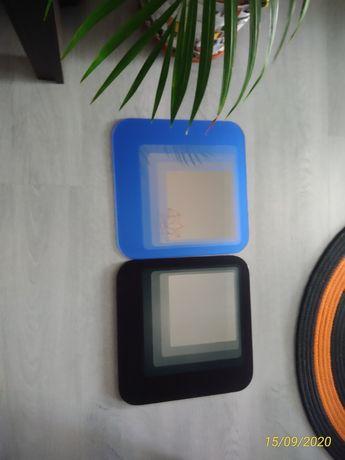Espelhos em cor azul e preto