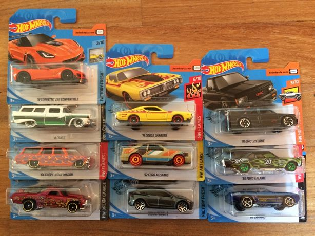 Hot Wheels Chevy Corvette Charger Mustang Tesla Ford Camaro autka