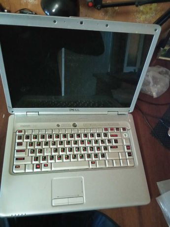 Ноутбуки  Dell Inspiron 1525 Dell Inspiron 1525
